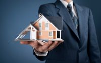 Financial Advisor Outlines What to Consider When Planning Inheritance