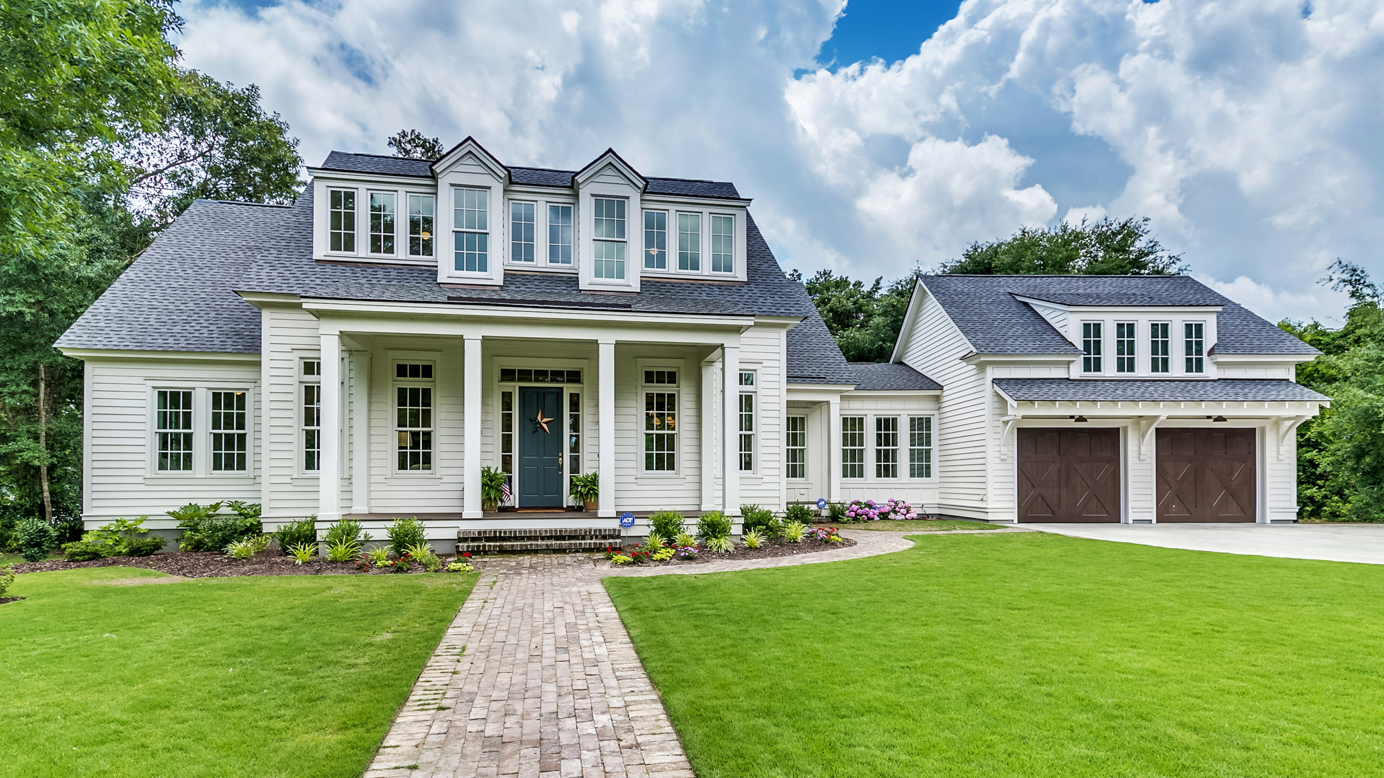 Tips for Choosing the Right Layout for Your New Custom Home